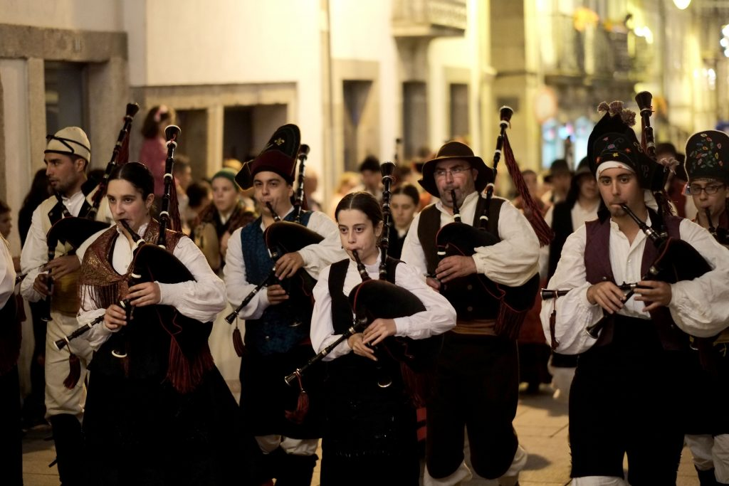 Concerto Sanjoanino pelo Grupo Folclórico da Universidade do Minho e a Orquestra de Cordofones de Braga